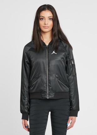 Женская куртка-бомбер nike air jordan
