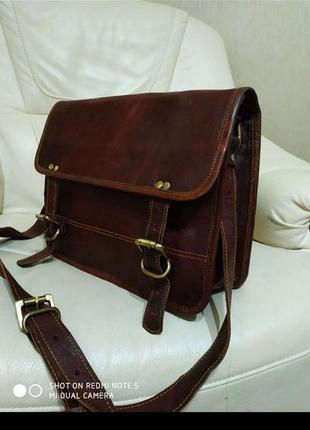 Фирменная мужская сумка. новая. кожа