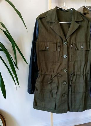 Весенняя куртка стиль милитари кожзам
