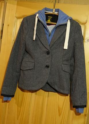 Теплая короткая серая шерстяная куртка со съемной манишкой superdry великобритания s