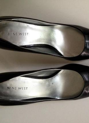 Nine west кожаные туфли-лодочки на каблуке черные натуральная кожа размер 39.54