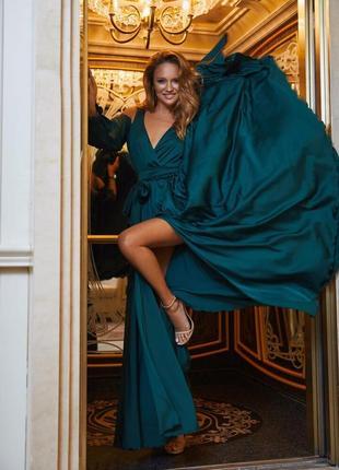Шикарное вечернее шелковое платье длинное изумрудное зеленое рукав