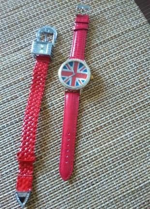 Жіночі годинники/часы розпродаж