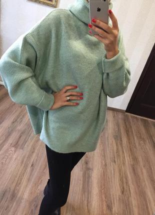 Очень крутой свитер оверсайз