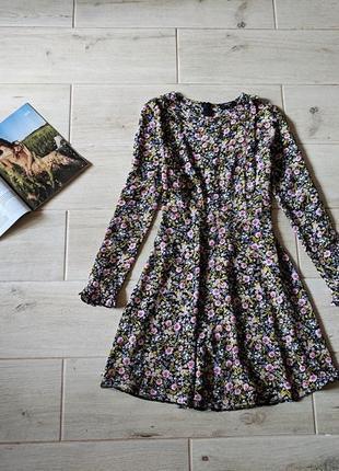 Красивое платье в цветочный принт с юбкой солнце клеш m l