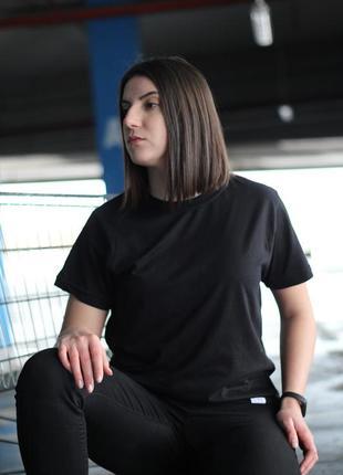 Чорна футболка unisex victory