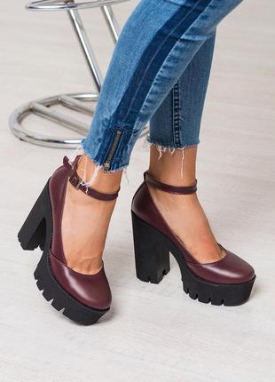 Туфли на толстом каблуке натуральная кожа