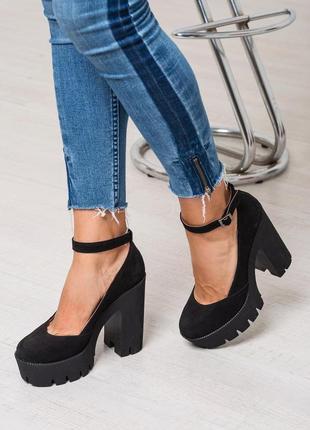 Туфли на толстом каблуке натуральная итальянская замша