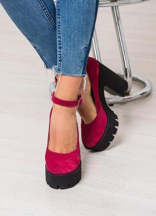 Туфли на толстом каблуке натуралтная итальянская замша