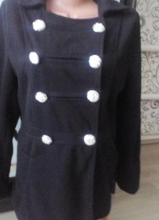 Двубортное демисезонное пальто* тренч*