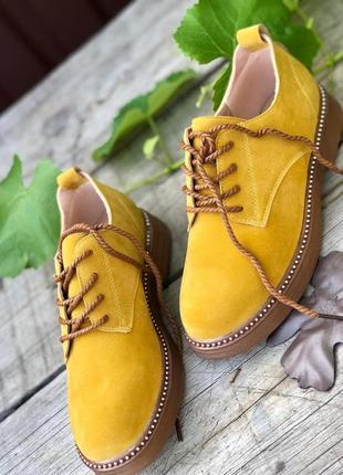Яркие туфли/ ботинки/ в наличии
