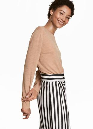 Шерстяной брендовый свитер-гольф