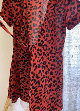 Платье нарядное на поясе pologarage