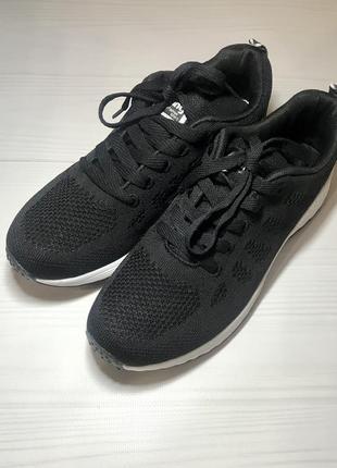 Новые! кроссовки чёрные супер лёгкие и удобные ⭐️