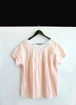Нежная блузка с вышивкой denim co