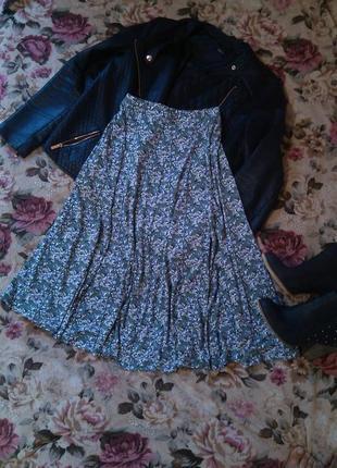 Очаровательная юбка в цветочный принт