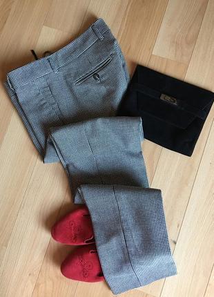 Классические повседневные брюки итальянского бренда maxmara размер s-m