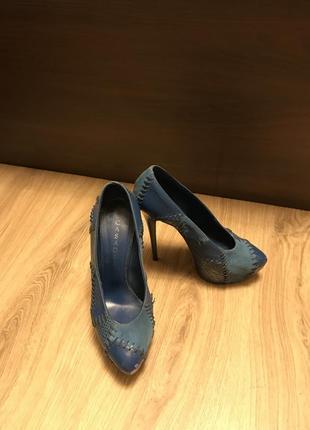 Туфлі casadei