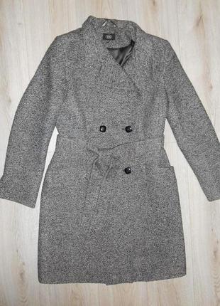 Пальто серое меланжевое. шарфик в подарок!