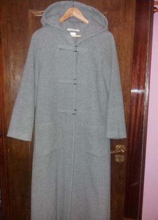 Пальто демисезонное с капюшоном р.46-48