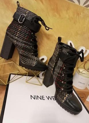 Стильные ботинки . nin west