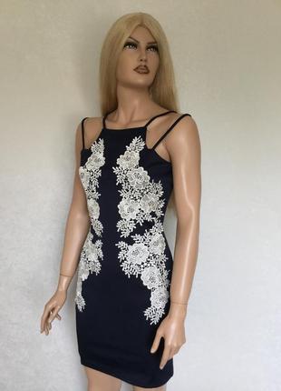 Платье по фигуре с кружевом ax paris размер 14