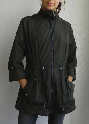 Красивенная куртка ветровка от атм