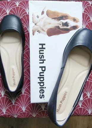 Качественные туфли,нат.кожа сверху и внутри от hush puppies,новые в упаковке