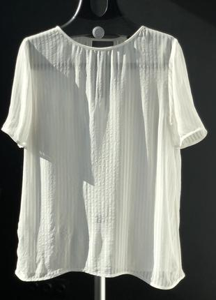 Легкая воздушная блуза из вискозы mango