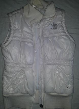 Только 3 дня такая цена!!! жилет белый adidas