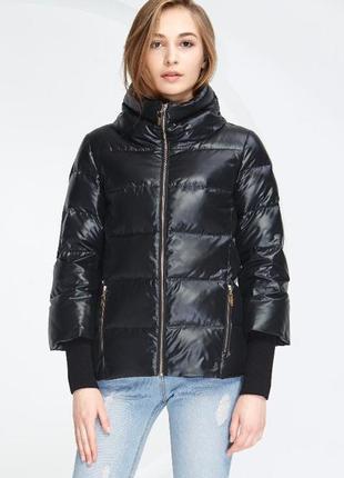 M (44/46) стильный, очень легкий, теплый пуховик/ пуховичок / куртка basic