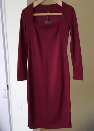 Платье - карандаш бордовое