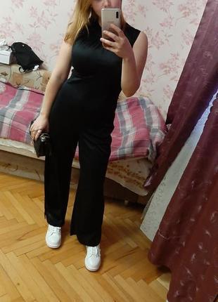Чорный комбинезон