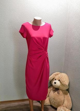 Классное новенькое платье со сборкой сбоку