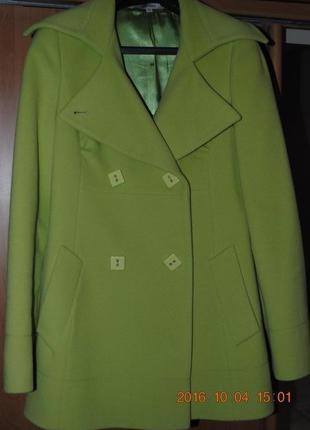 Пальто салатового цвета stella polare
