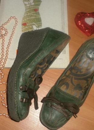 Мегакласні ексклюзивні та зручні туфельки на платформі (дорогий бренд, якість) fly london