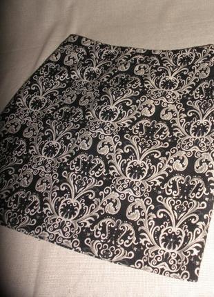 Красивая плотная жаккардовая короткая мини юбка m&s на подкладке