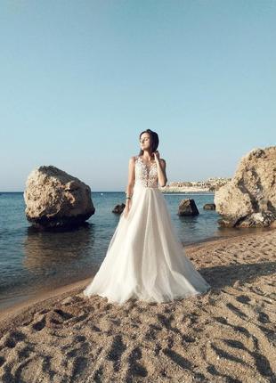Не вінчана весільна сукня