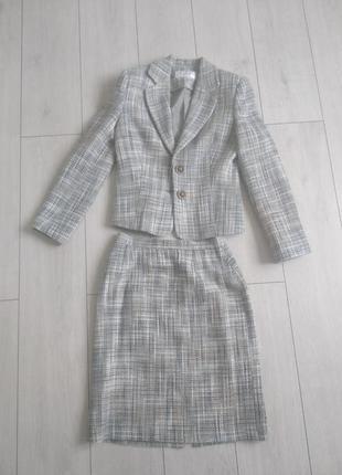 Классческий твидовый костюм