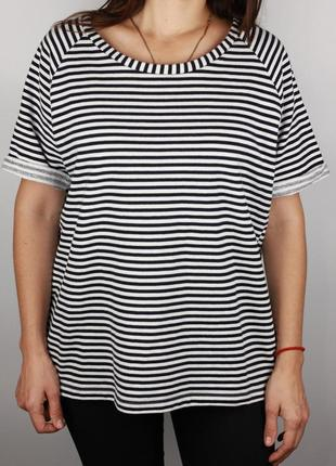 Фирменная хлопковая футболка в полоску
