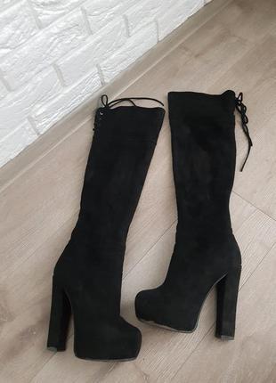 Зимние сапоги ботфорты на шнуровке