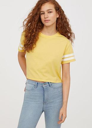 Оригинальная короткая футболка от бренда h&m разм. l