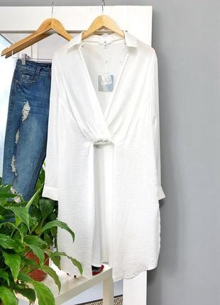 Оверсайз длинная рубашка туника на запах белая missgudied