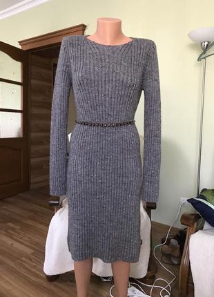 Вязаное платье  отличного качества