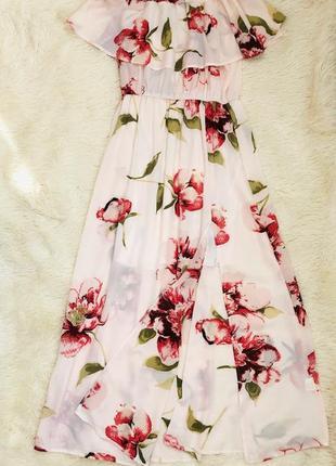 Длинное платье макси в цветочный принт с открытыми плечами flamant rose