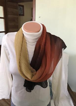 Шифоновый плиссерованый шарфик
