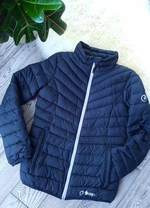 Теплая приталенная куртка sherpa