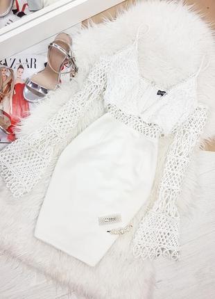 Вечернее платье декорировано сеткой / вечірня сукня
