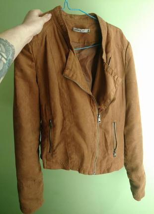 Модная косуха замшевая куртка с бахромой s m
