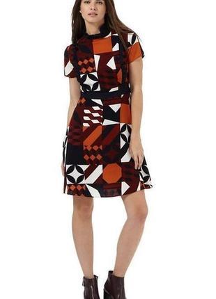 Платье в геометрический принт redherring размер 10